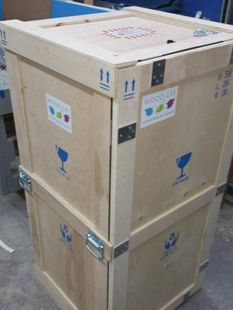 wood-lee-art-handler-crates-v1.jpg