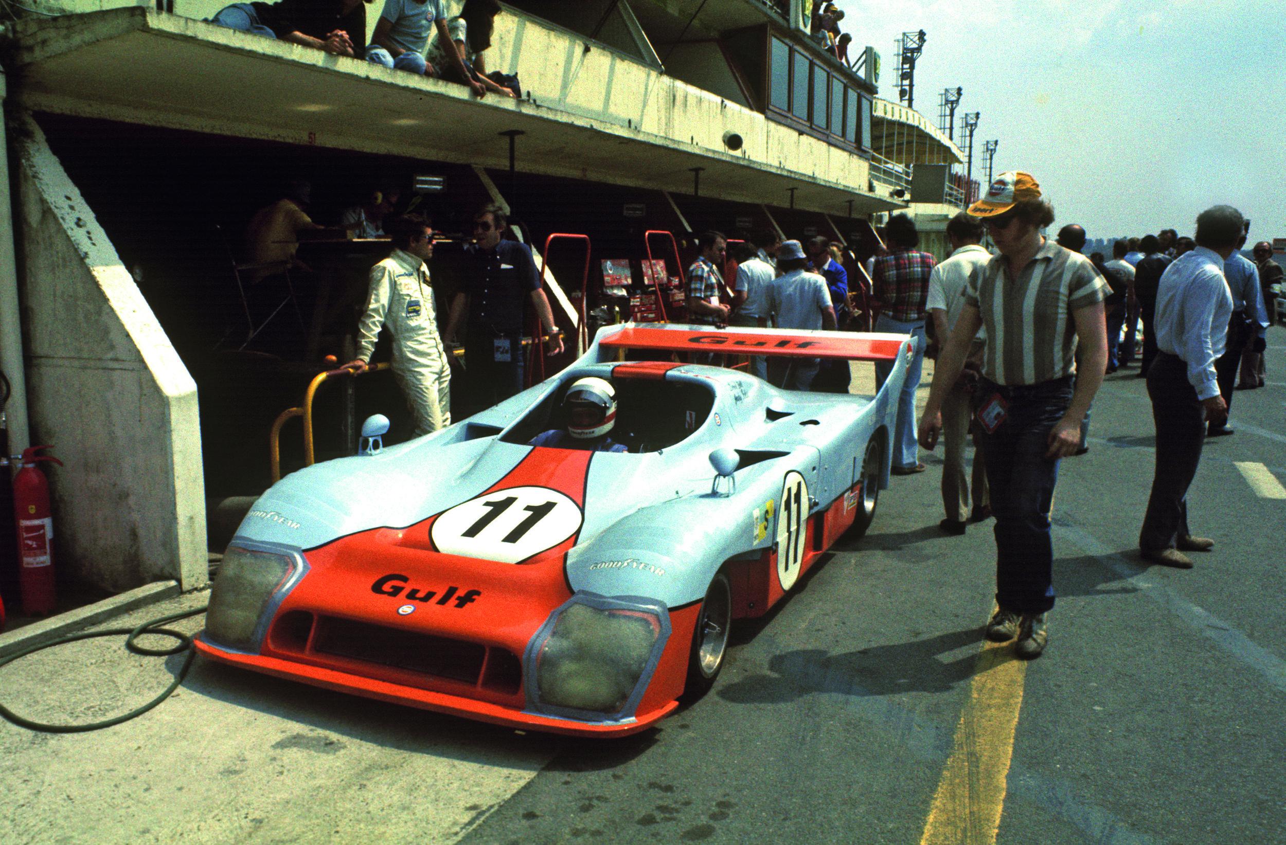 GPL 75 GR7 Ickx-Bell 1st LM - 1975.jpg