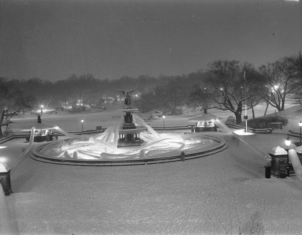 After the New Year's Eve Party at Bethesda Terrace, January 1, 1968. In 1966, Commissioner Hoving began organizing New Year's Eve parties at Bethesda Terrace, providing an alternative to Times Square. The year 1967 ended with an installation of illuminated vinyl sculptures by the artist Vernon Lobb, mulled wine and roasted marshmallows, and musical performances by the Utterbach Gospel Choir and the American Revolution.
