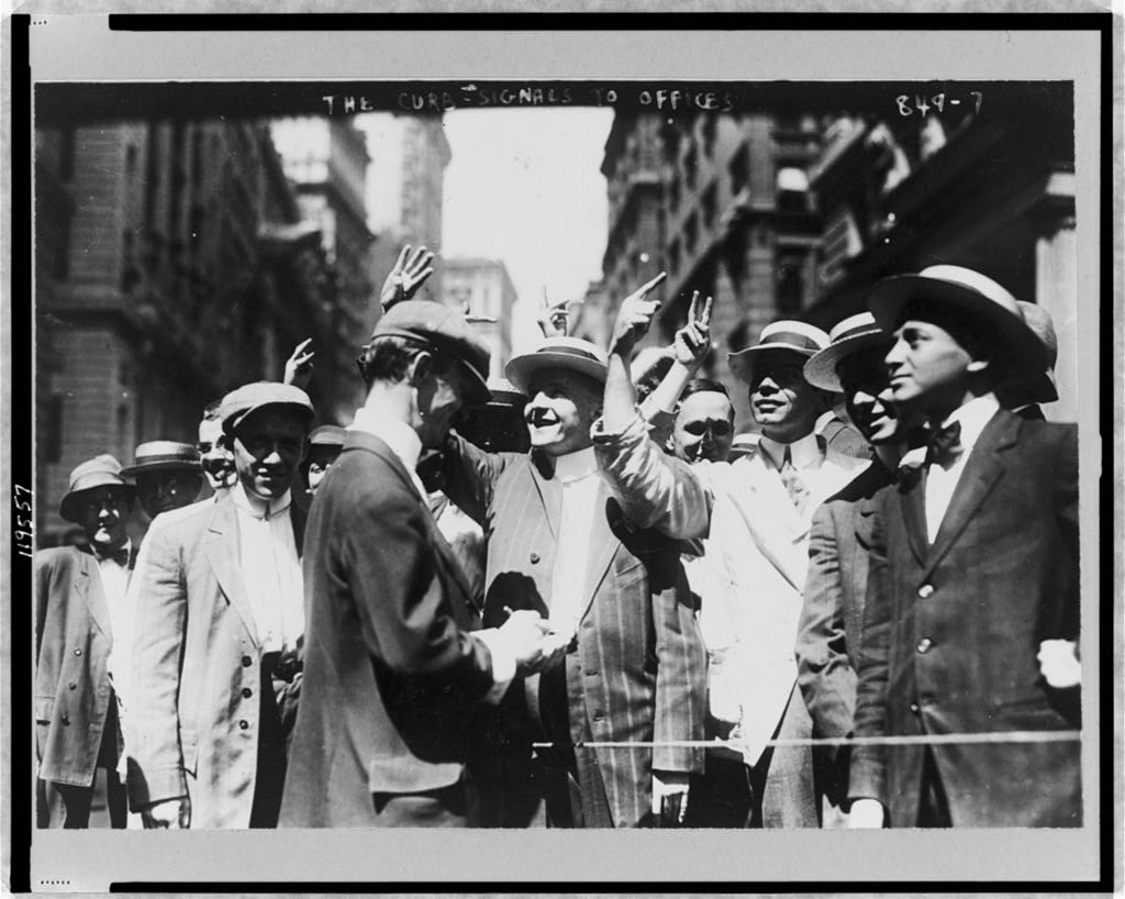 Brokers signaling to the windows. Image courtesy of the Library of Congress.