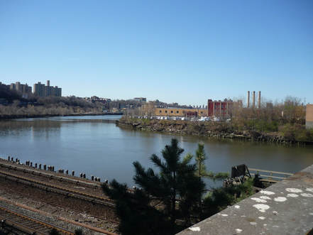 The Harlem River as seen from the Broadway Bridge.