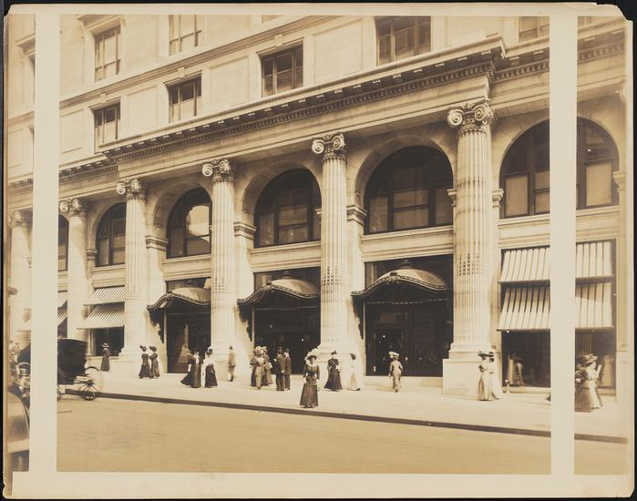 B. Altman's (now The Graduate Center) at 34th street and Fifth Avenue, 1915. Source: Museum of the City of New York