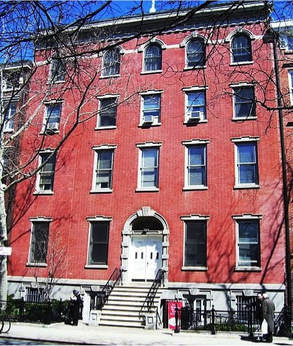 20 Washington Square North (as it appears today), where Julie lived from 1909-1935, and held the dinner parties described in this series