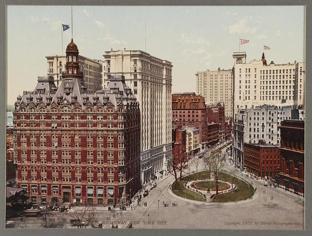 Bowling Green. Washington Building at left. Photograph 1900. Library of Congress.