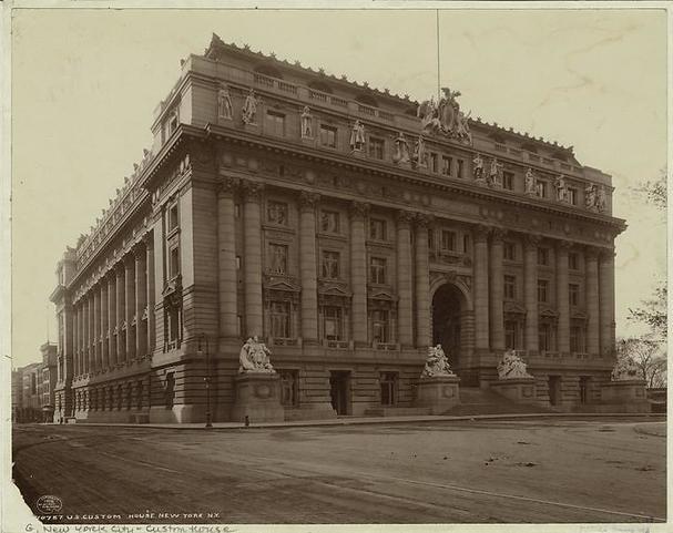 United States Custom House. Photograph 1908. New York Public Library.