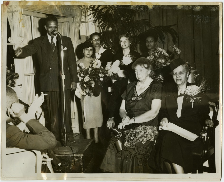 Hedgeman, with Eleanor Roosevelt. Courtesy National Afro-American Museum and Cultural Center