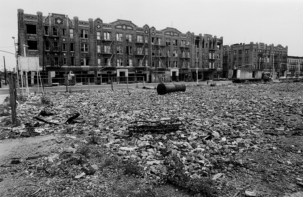 Brownsville, Brooklyn, in 1972. Some New York City streets were lined with vacant lots and abandoned as the city took ownership of tax-foreclosed properties and acres of land | Photo by Winston Vargas via  Flickr