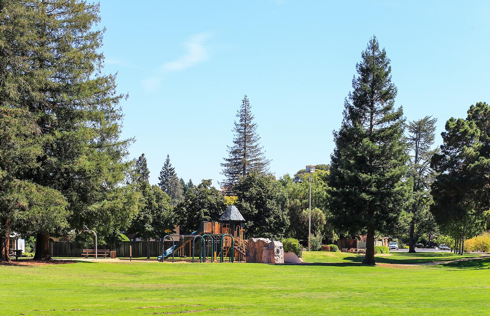 Juana Briones Park Palo Alto.jpg