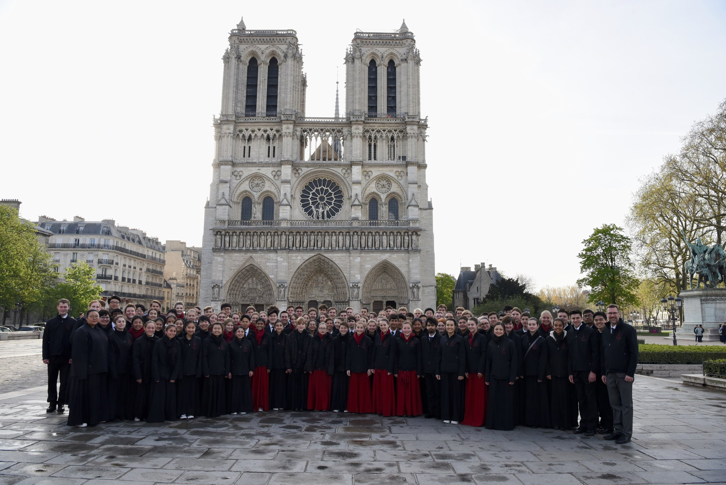 LCHS Choral Artists just before their concert in Notre Dame on April 5, 2019.