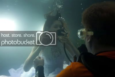 underwater2-1.jpg