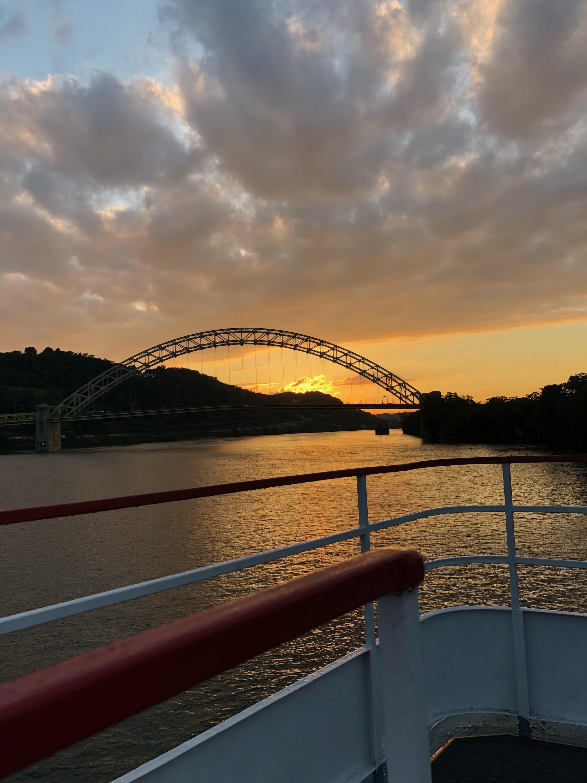 Team river cruise