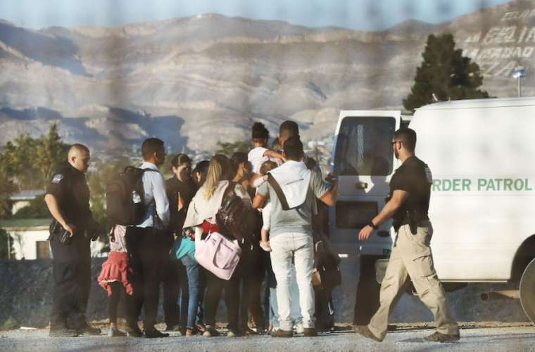 Migrants_are_detained_north_of_the_US_border_Credit_Mario_TamaGetty_Images.jpg