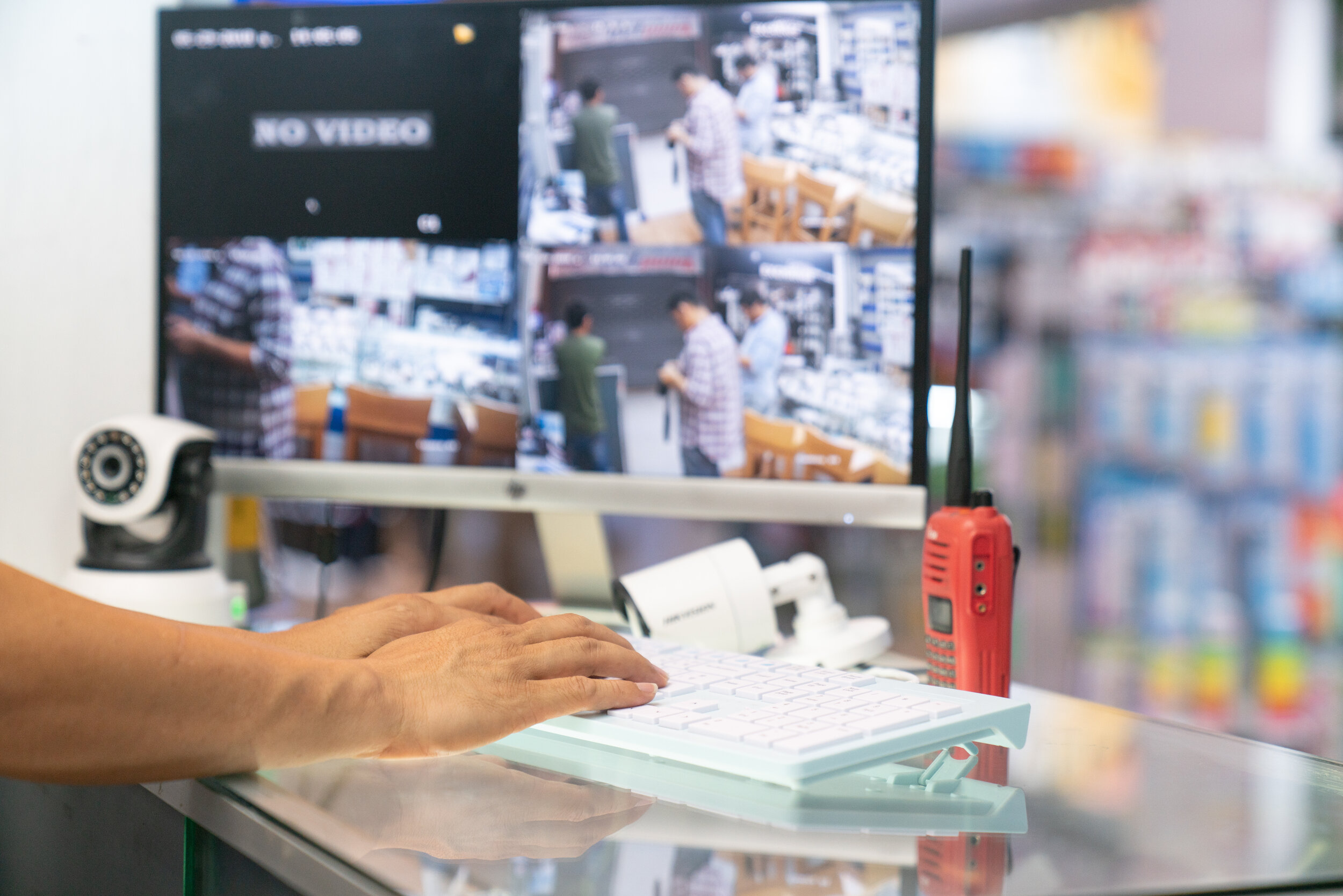 Take your retail store security seriously with real-time security and marketing data.