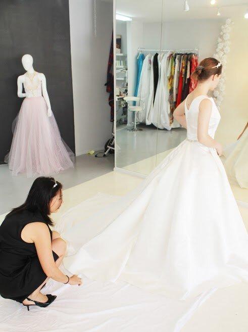 Bespoke Wedding Dress Alis Fashion Design Bespoke Wedding Dresses And Bridal Alterations