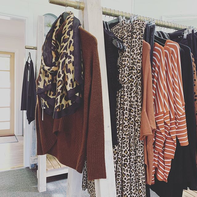 A little bit of leopard love for your Thursday.. We are here till 5pm today, come in & say hi.. x #threetimesblest #buninyong #ballarat #spring #visitballarat #womensfashion #leopardprint #scarves #skirts