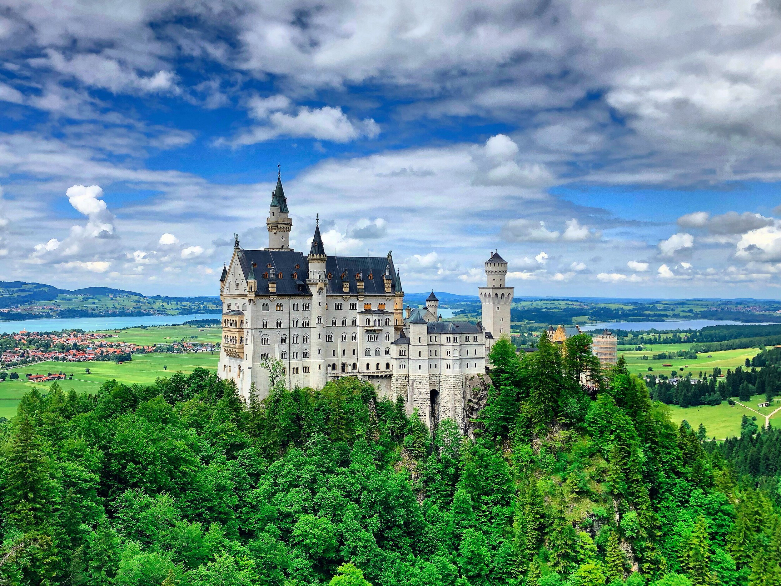 The real disney castle - Visiting The Most Beautiful Fairytale Castle:Neuschwanstein Neuschwanstein