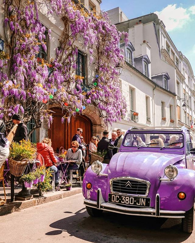 Bonjour! Lovely photo from #Paris! What a colorful vibe?? I love it!!😍😍 Happy Sunday!! ✨😘 Photo by @rajk_dichtou_paris ✨ Follow @seeya.soon to see more 💕 . . . . . . . . . . . . . . . . . . . . . #paris #sundayfubday #sunday #travel #france #france_holidays #parisparis #beautifulday #beautifulphoto #travelphotography #traveladdict #travelblogger #travelzoo #travelholic #travelawesome #europe #exploretheworld #discover #travels #travelmoments #travelislife #colorfulnails #vibe