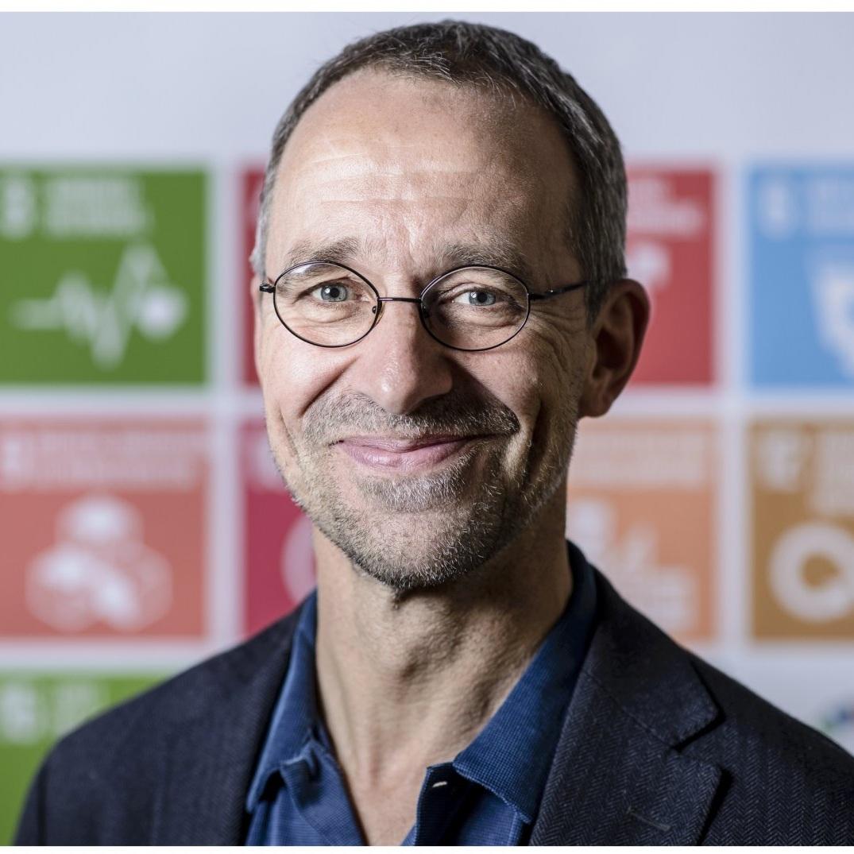 Navn:  Thomas Ravn-Pedersen   Titel:  CEO, Verdens bedste Nyheder