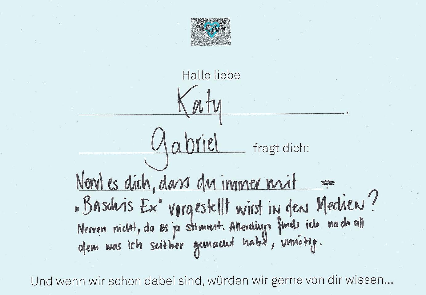 Katy_schreibt_2.jpg