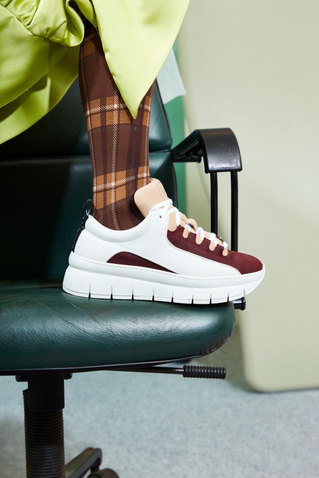Don´t mess withmy work. - Shoe Kim
