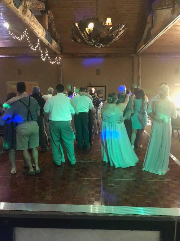 DJ-Sound-Solution-wedding-dance-floor.jpg