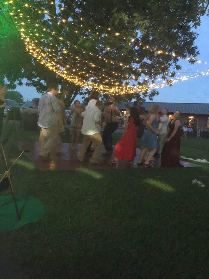 DJ-Sound-Solution-outdoor-wedding.jpg