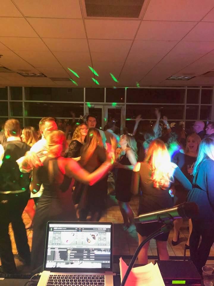 DJ-Sound-Solution-dance-reception.jpg