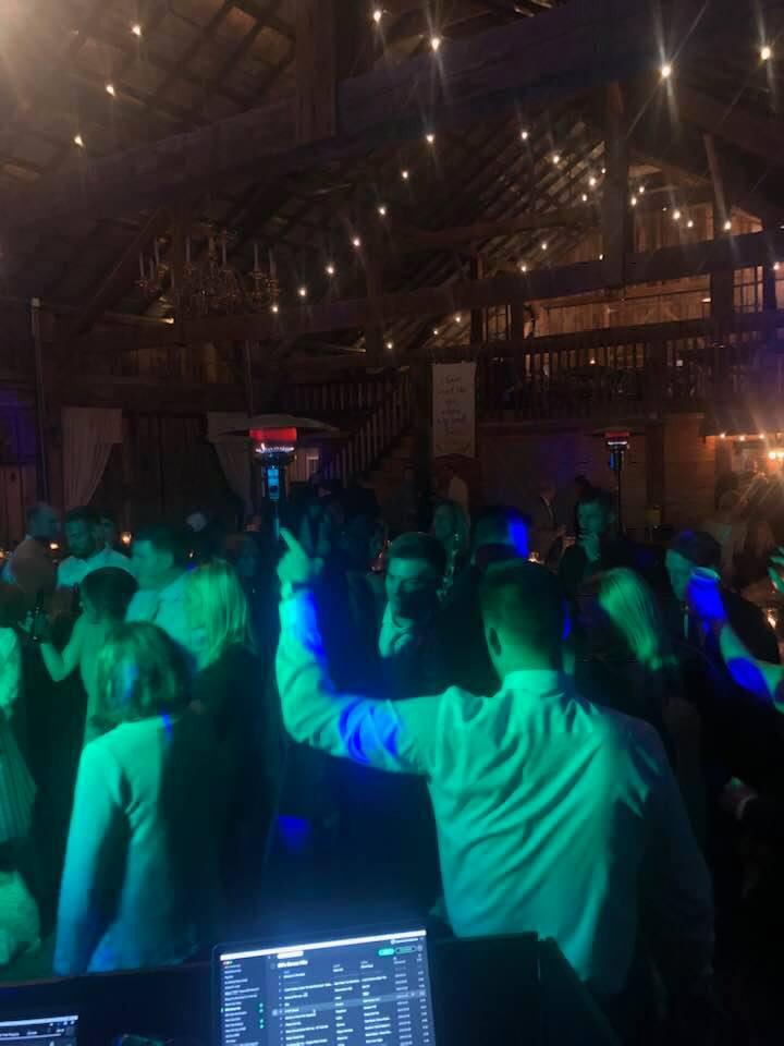 DJ-Sound-Solution-barn-wedding.jpg