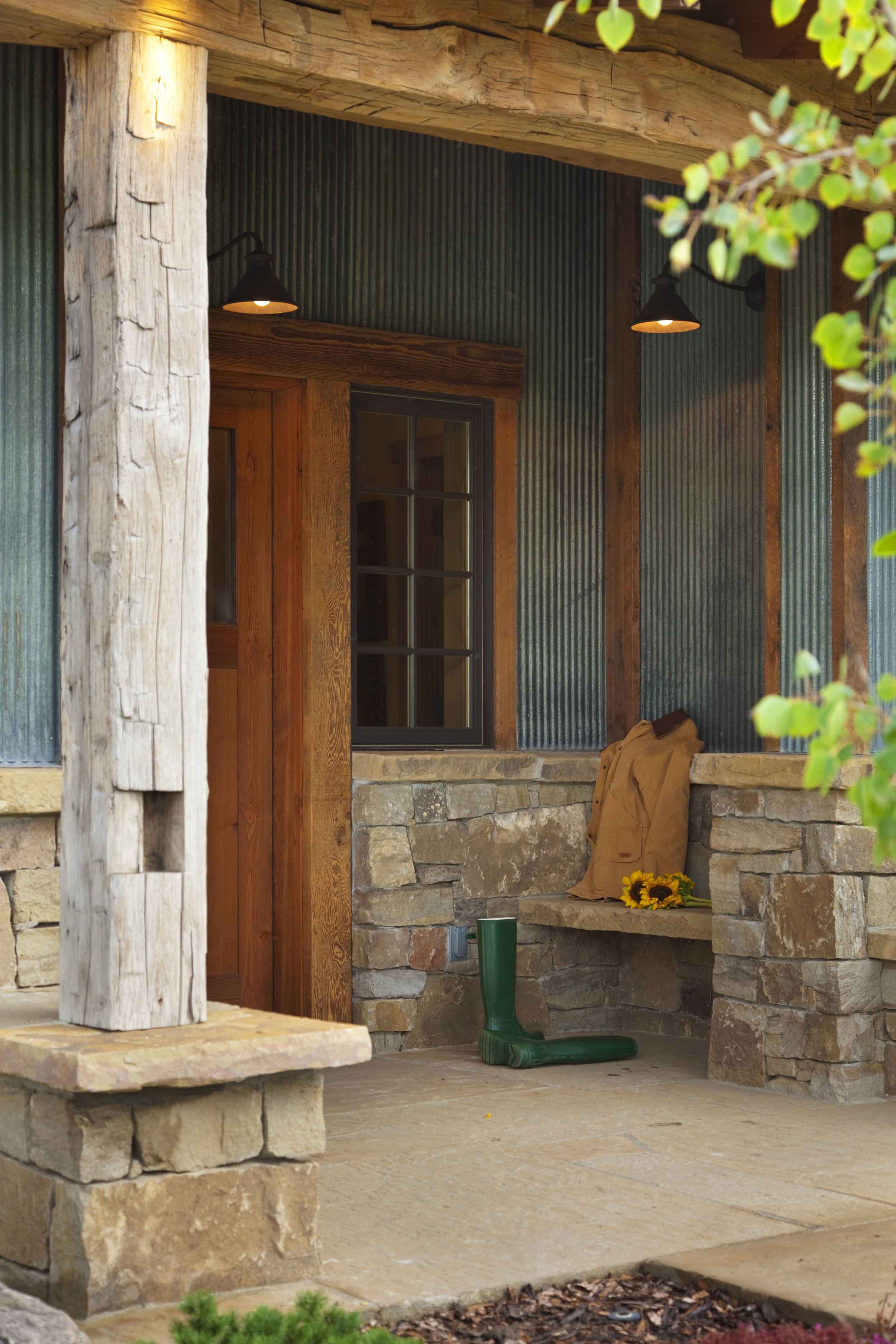 Exterior Entry1.jpg