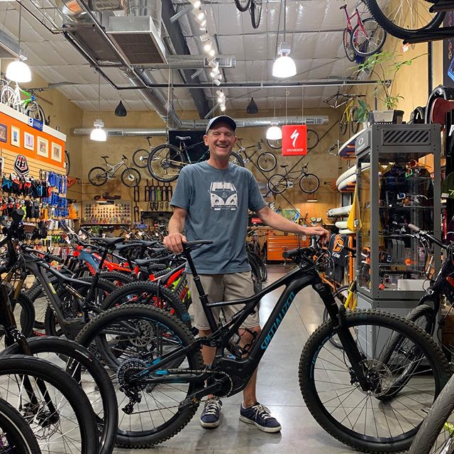Happy New Bike Day!! Bob's rocking that #turbosmile after picking up his new Turbo Levo!! It's you, only faster! #allmountaincyclery #bootlegcanyon #iamspecialized #turbolevo #ebike #fun #emtb #newbikeday #america #lasvegas #bouldercity #supportlocal #shoplocal #buylocal #rad