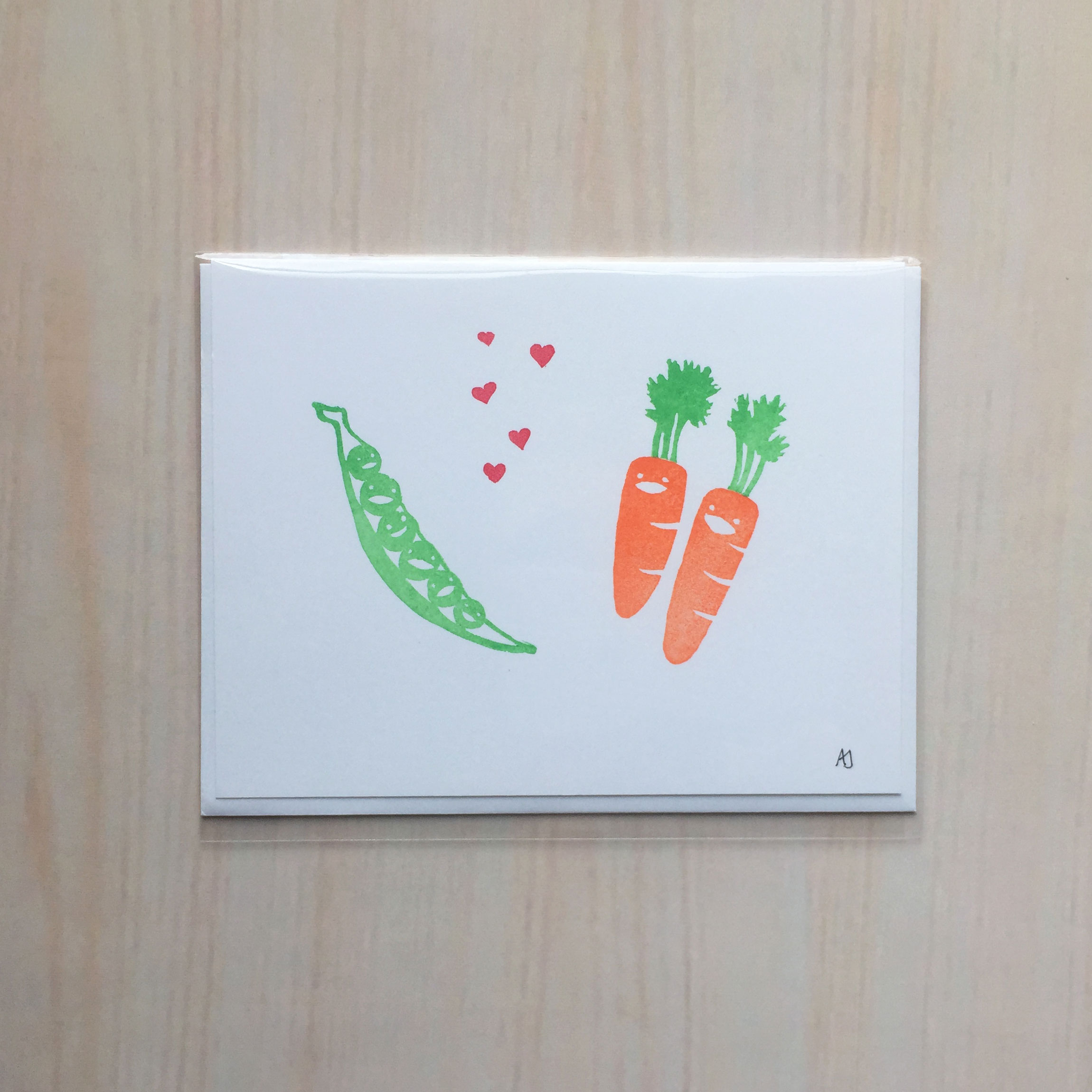 "Peas Love Carrots   Size: 4""x5"" Printing: block print Inside: blank Envelope: white"