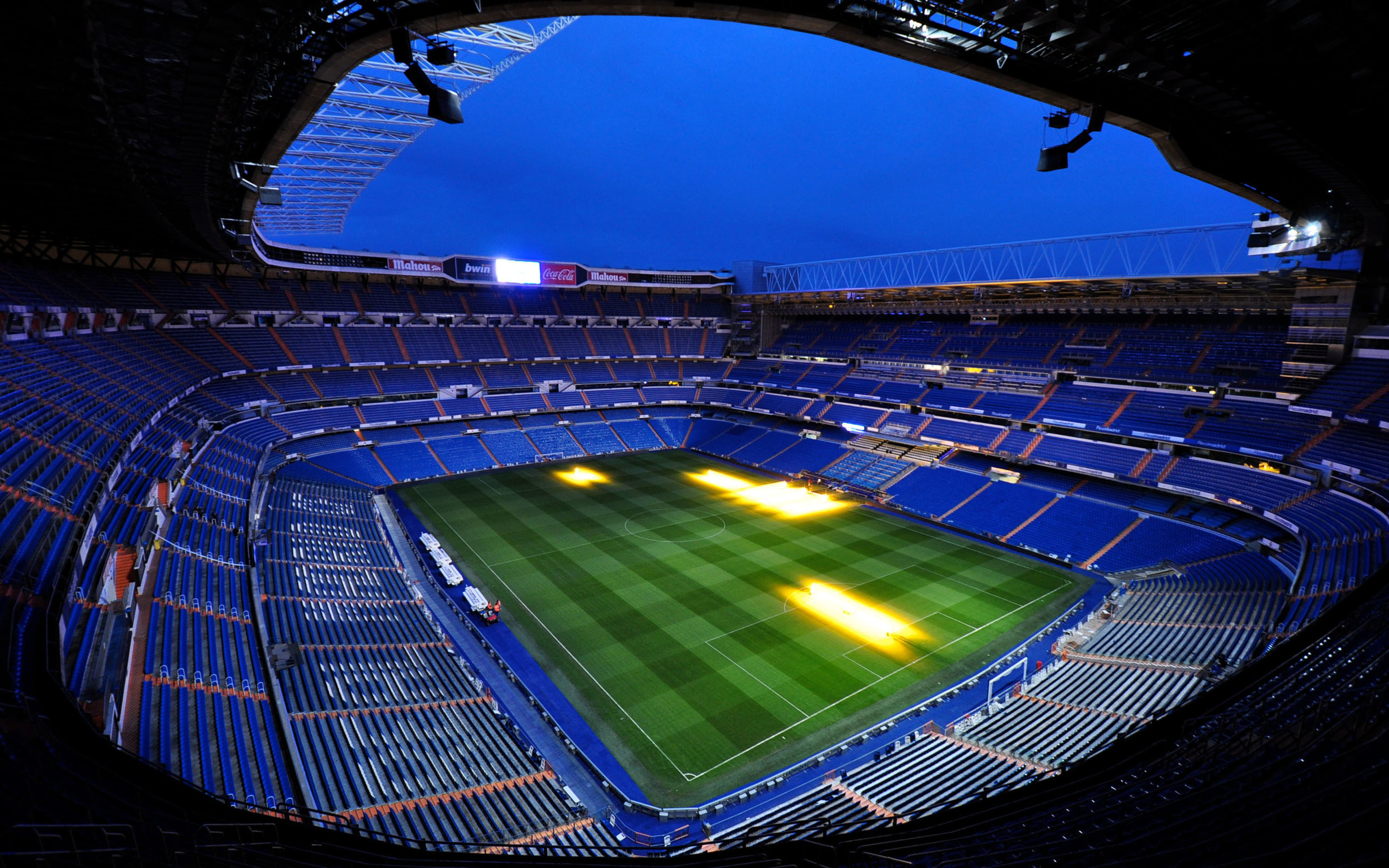real-madrid-stadium-wallpaper.jpg