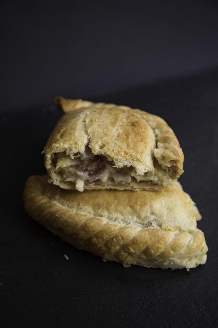 Cornish+Bakehouse+Chicken+&+Bacon+7.jpg