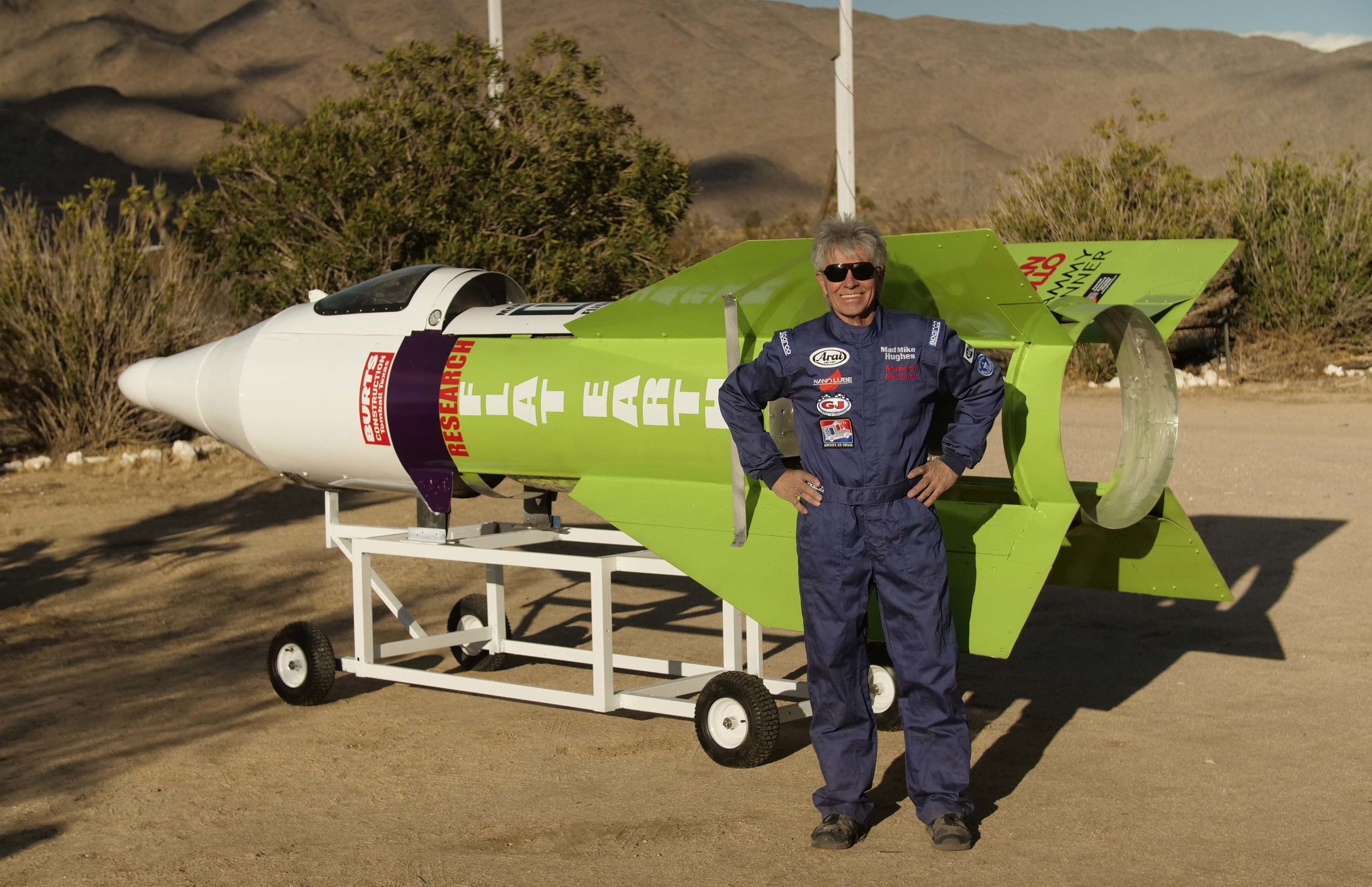 'Mad Mike' and the flat-Earth rocket during a publicity shoot.