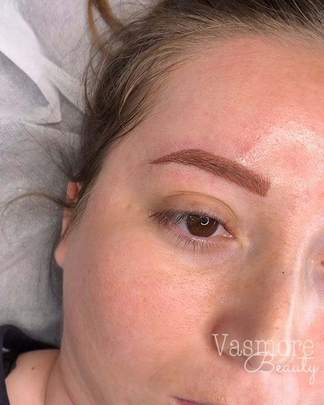 Combo brows (hairstrokes + shading)  This technique is my favorite for  clients with little brow hair, who want a fuller but natural brow  Her transformation is my fav 😍These are 80% tattooed by meeee➡️swipe to see her before • 😬Pain: very minimal to none 🧴Topical anesthetic applied ⏱Time: 2-2.5 hours ⌛️7-10 days to heal 🗓Can last anywhere from 1-3 years 🍓any redness subsides within a couple hours 📏Brow shape and color is customized to every clients' face and shape 📱To book: link in bio vasmorebeauty.com