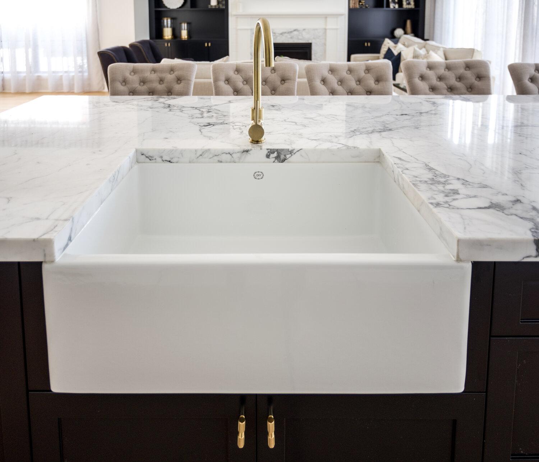 1901 Apron Sink 1901 Sinks