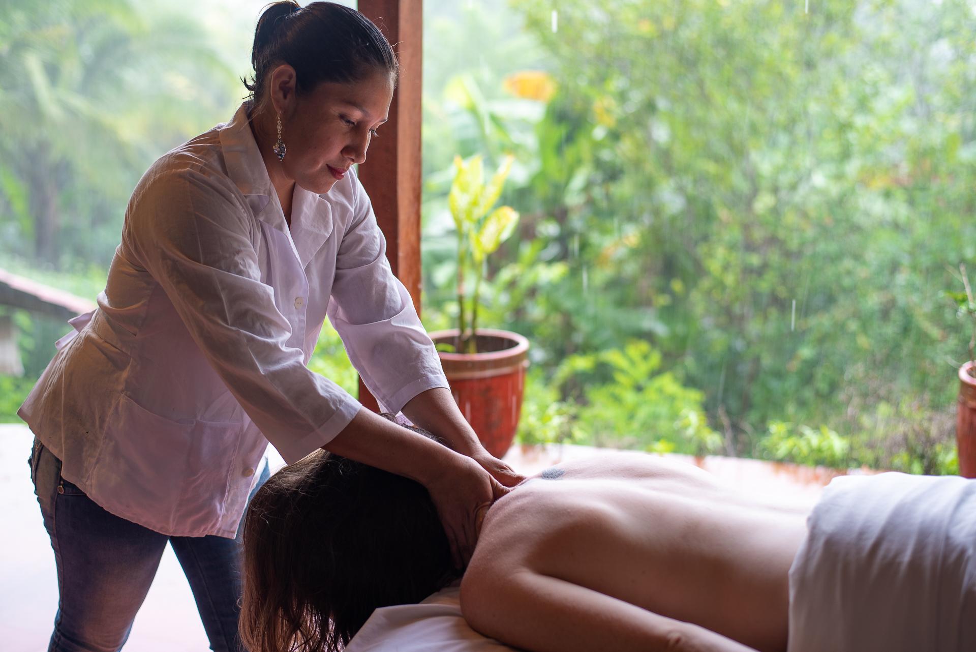 Massage at La Bambouseraie Ometepe