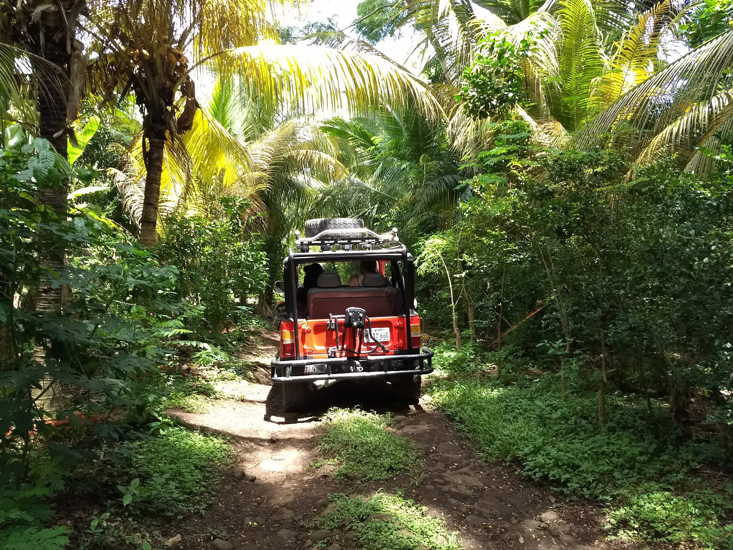 Island taxi rides and friendly drivers available at La Bambouseraie Ometepe