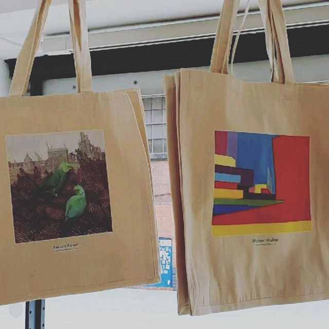 Have you bought one of our exclusive TOTEally Thames bags yet? . We're selling them to raise money for the amazing crew @ldnairamb #londonsairambulance , and to celebrate our partnership with #totallythames2019 @totallythames - a fabulous month-long celebration of the #Thames . . We are exhibiting at #gallery@oxo @oxotowerwharf today and tomorrow 11-8pm.  Free tickets in our profile at the top of this page. . This year's artists: @susansilverbunn  @michaelwallner_art @emma_screenprints  @nessie_ramm  @lovejordanart . . . @banksidehotel @artyardbankside @londonist.com @timeoutlondon @timeoutart @southbank.london @southbankcentre @nationaltheatre @londonlive #freelondonartexhibitions #thingstodoinlondon #southbank #londonart #artistoninstagram #oxogallery #oxotowerwharf #thamesclippers #thamesrockets @thamesrockets #lovelondon #london #totebags #charity