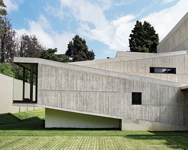 concrete-articulated-house 13.jpg