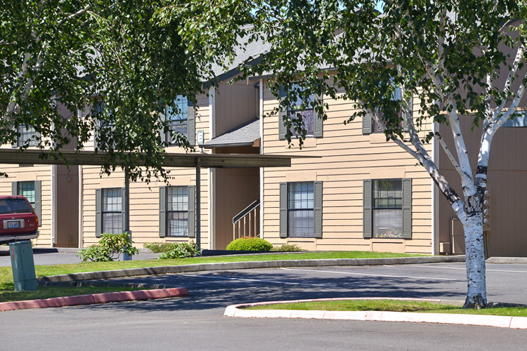 cascade-court-apartments-building2.jpg