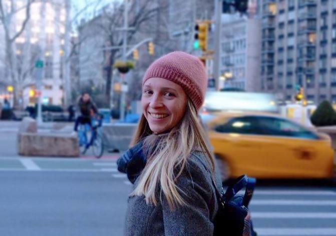 Lauren-Gaston-Headshot-NYC-Costume_Desing-Illustration.jpg