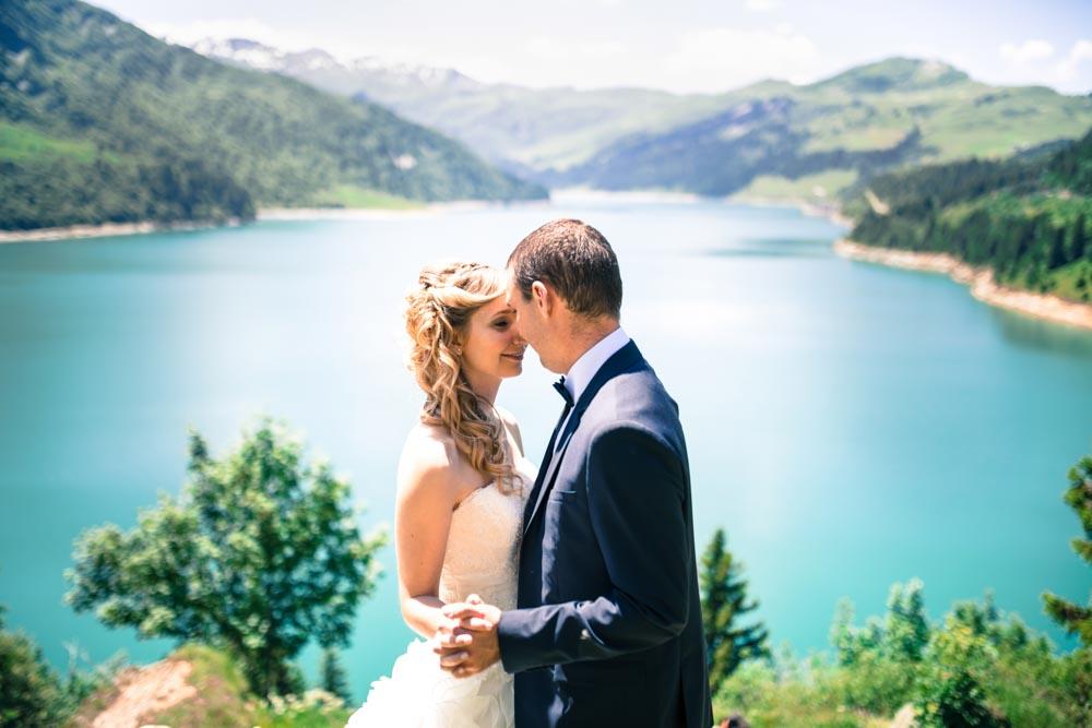 photographe de mariage à la montagne - lac de roselend