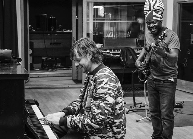 @dominicjmarshall and @mulelematondo grooving at @assaultbattery - come see them both play at @jazzrefreshed this Thursday @maumaubar link to tickets in the biog