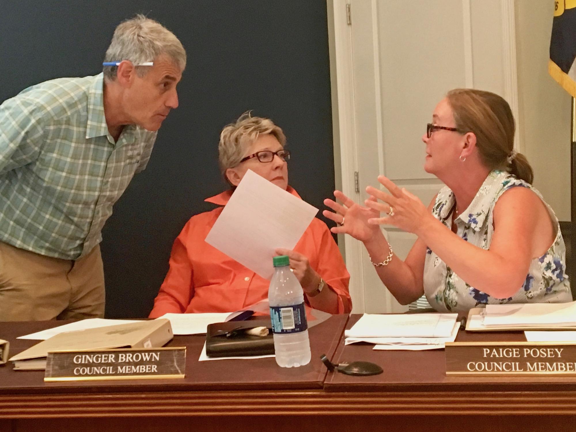 Gnger in Council Meeting.jpg