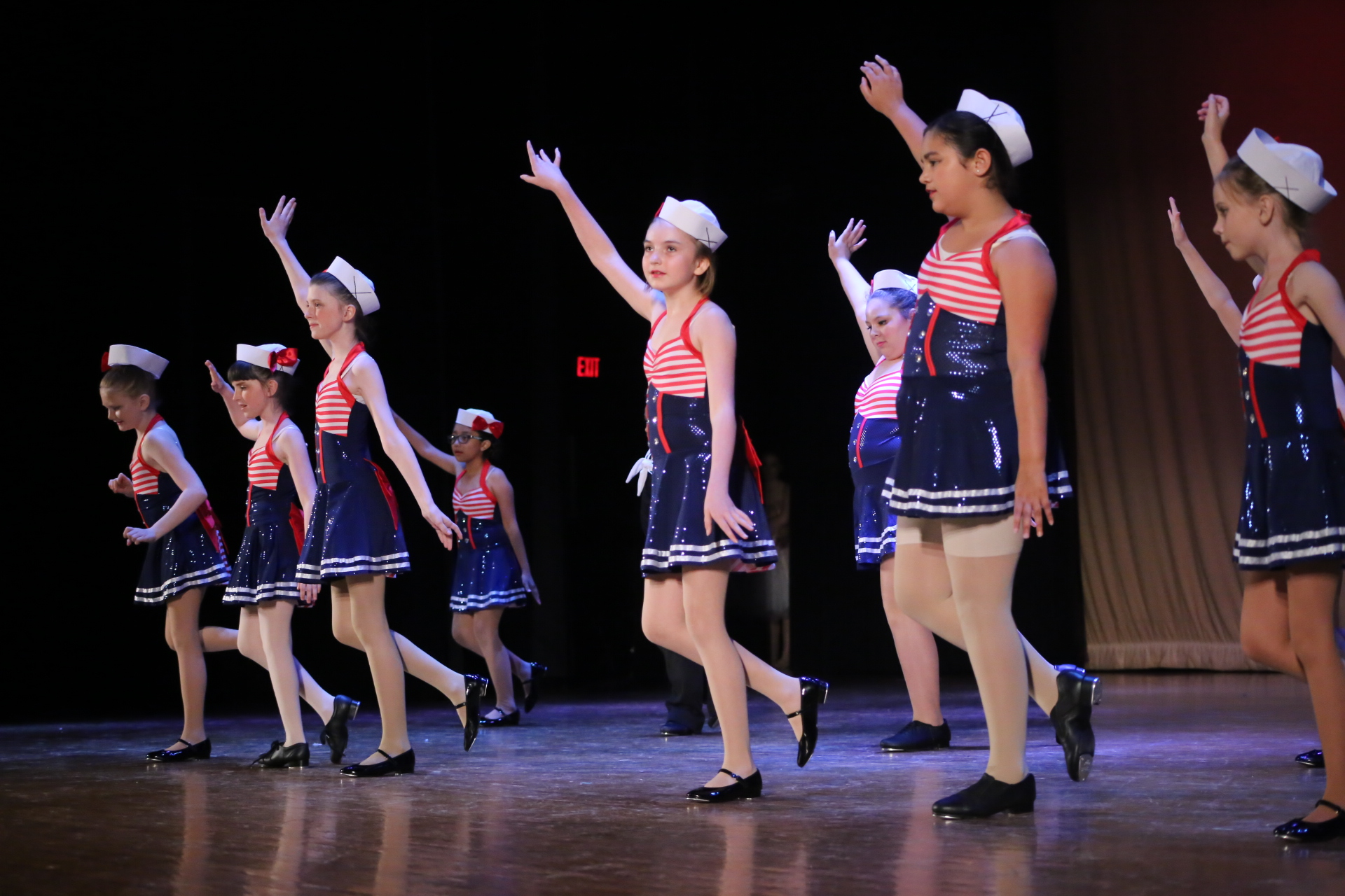 Tap Stars - Ages: 8-12As a Tap Star, students will have a blast putting the fundamentals of tap to work. Over the semester they will learn new steps, rhythms, patterns, and combinations in cute and fun routines.