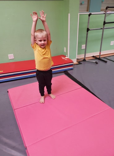 Tumbling For Dance bugs - Ages: 4-7Students will learn floor acrobatic techniques to increase flexibility, strength, balance, coordination, and endurance to enhance their skills and performance as a dancer. *This is an enhancement class. Tumbling classes will not be part of recitals*