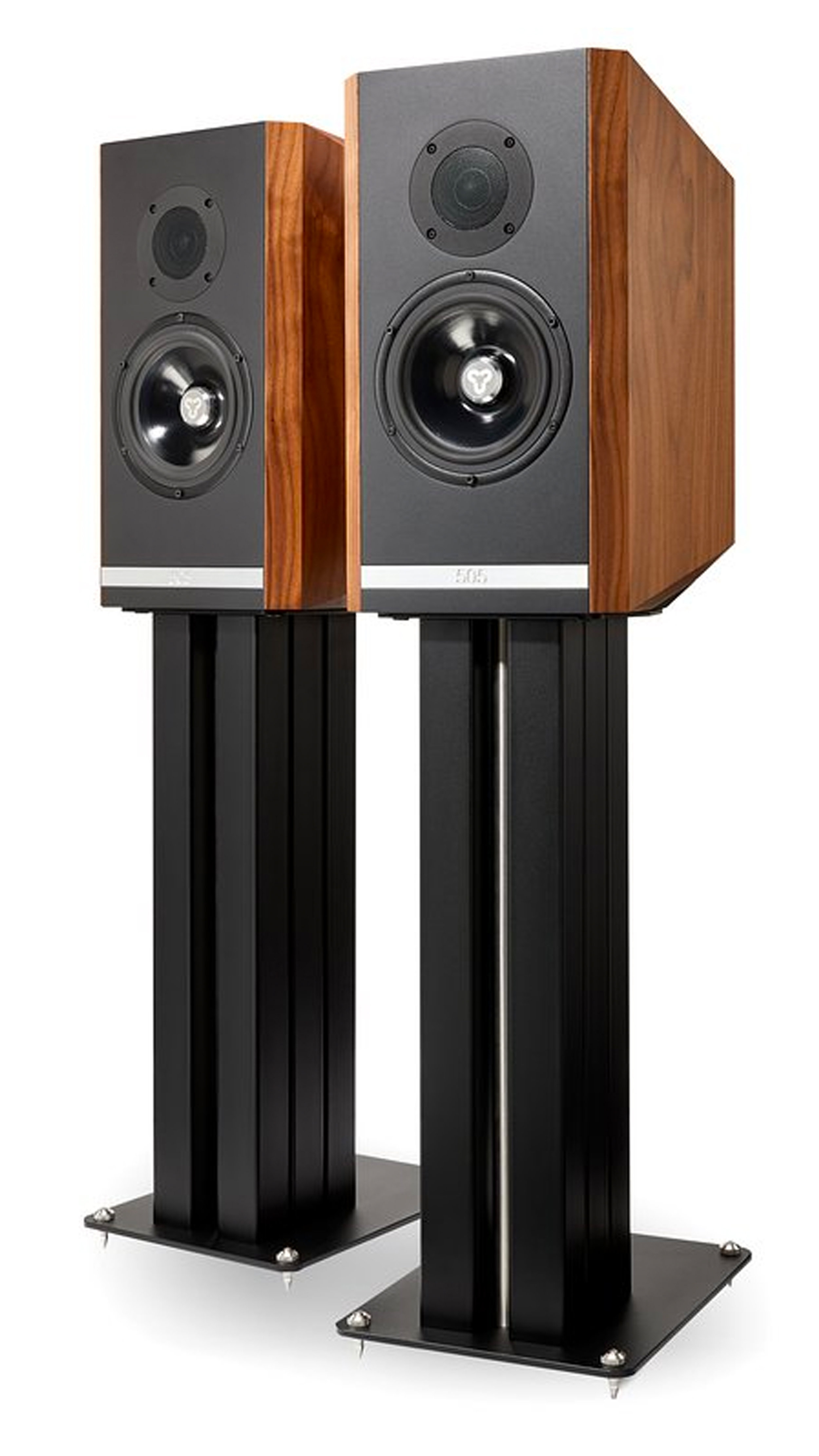 Titan 505 - £7,000 (ex. stands)