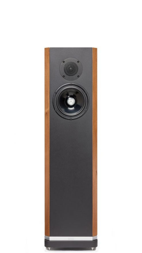 Titan 606 - £9,000