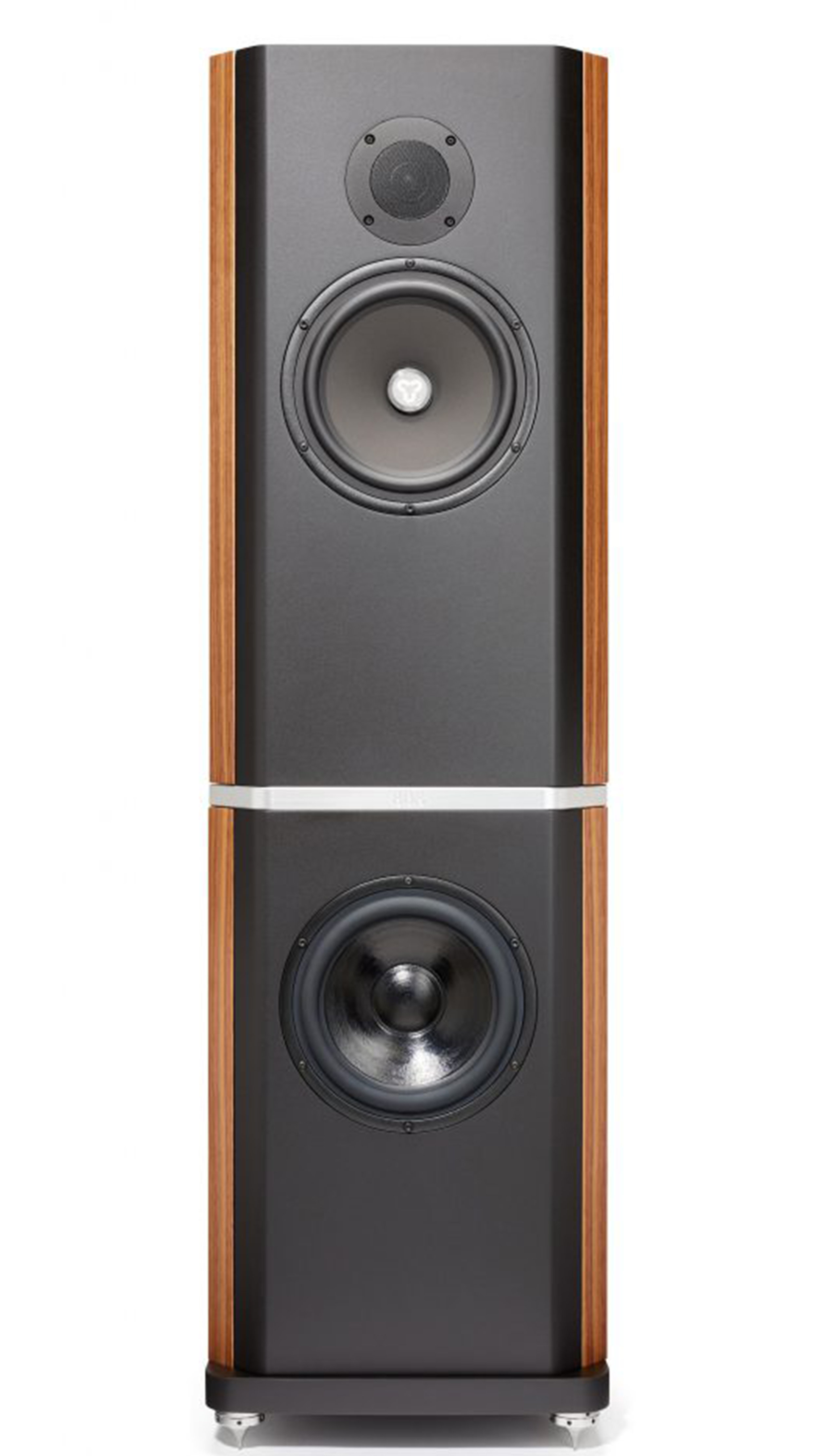Titan 808 - £21,750